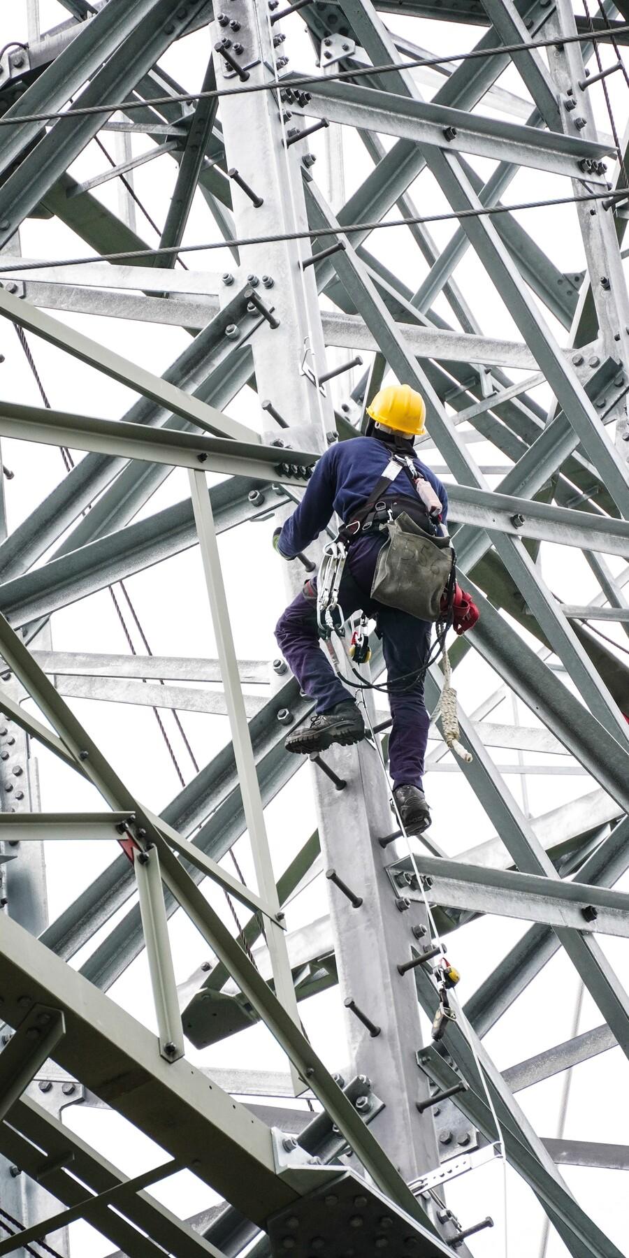 Arbeiten im Mast